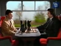 Sketch, partida de ajedrez durante un viaje en tren con muchos túneles…