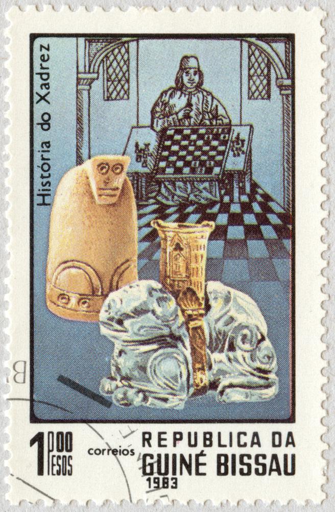Historia del Ajedrez. Antiguas piezas. República de Guinea Bissau 1983.